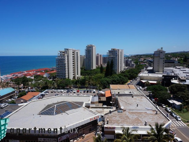 Umhlanga Rocks property to rent. Ref No: 13573350. Picture no 18