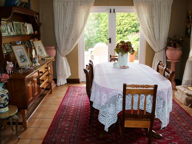 Kloof property for sale. Ref No: 13551592. Picture no 6