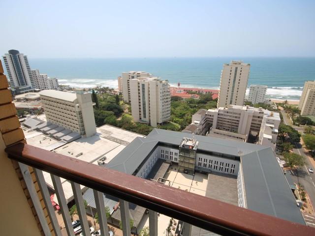 Umhlanga, Umhlanga Rocks Property    Houses To Rent Umhlanga Rocks, Umhlanga Rocks, Apartment 3 bedrooms property to rent Price:, 16,00*